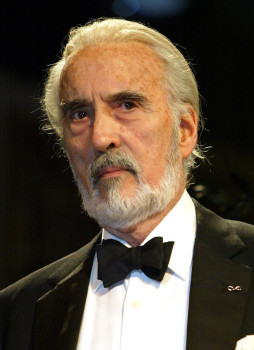 Christopher Lee morre aos 93 anos